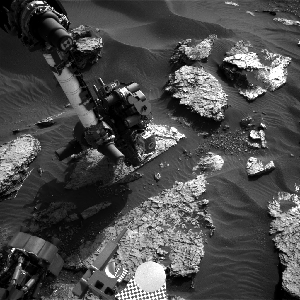 Nasa's Mars rover Curiosity acquired this image using its Right Navigation Camera on Sol 1566, at drive 3016, site number 59