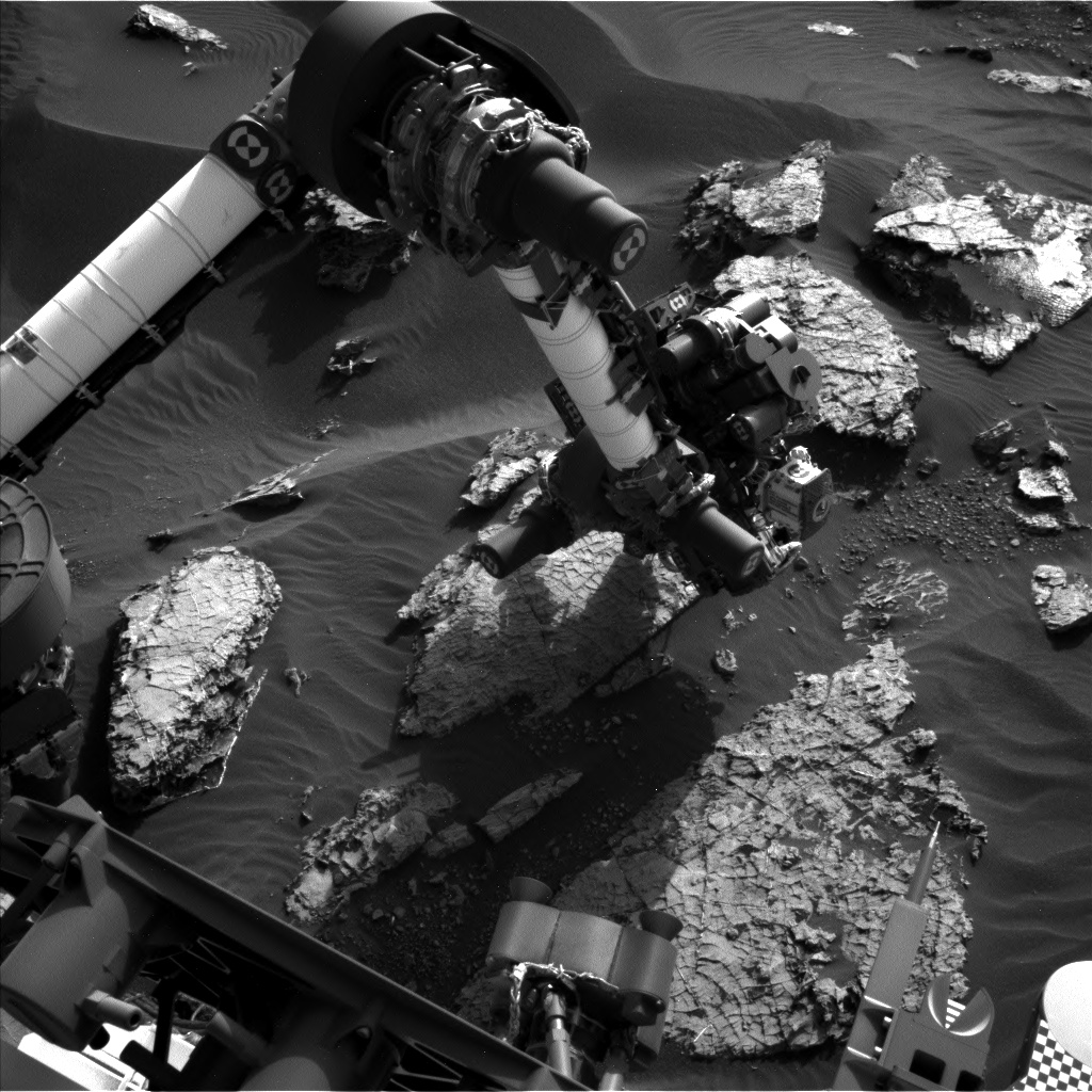 Nasa's Mars rover Curiosity acquired this image using its Left Navigation Camera on Sol 1569, at drive 3016, site number 59