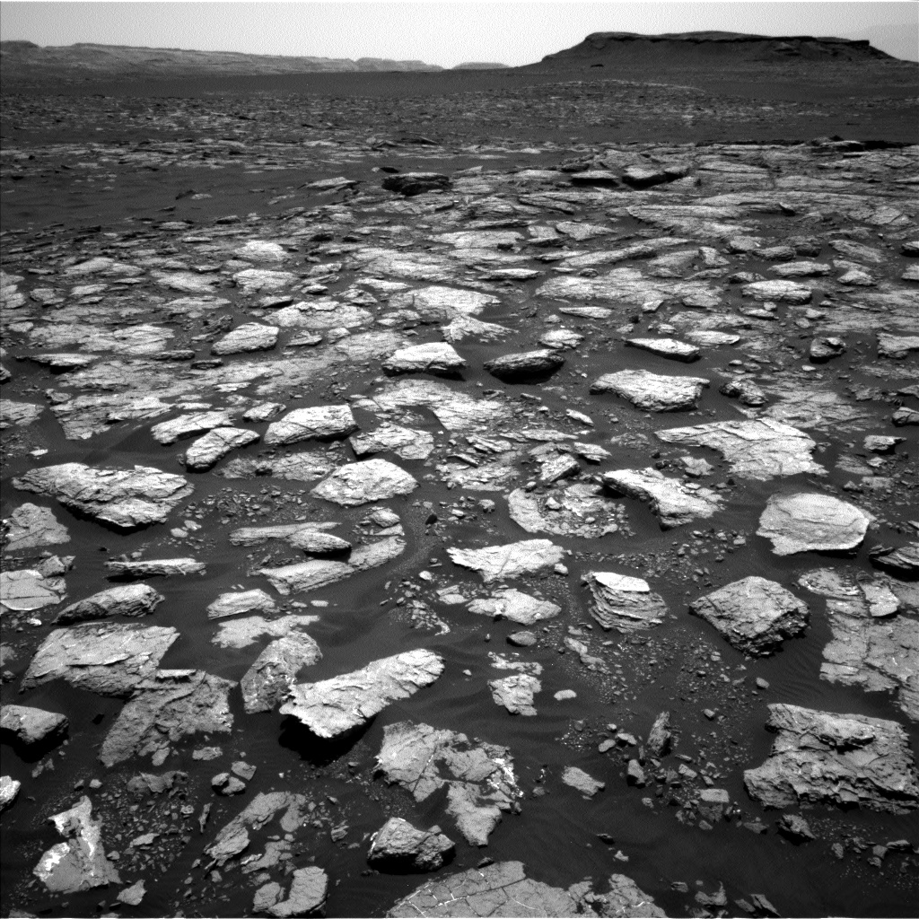 Nasa's Mars rover Curiosity acquired this image using its Left Navigation Camera on Sol 1571, at drive 0, site number 60