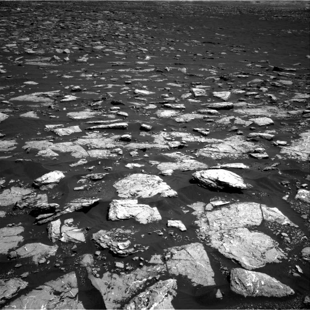 Nasa's Mars rover Curiosity acquired this image using its Right Navigation Camera on Sol 1571, at drive 0, site number 60