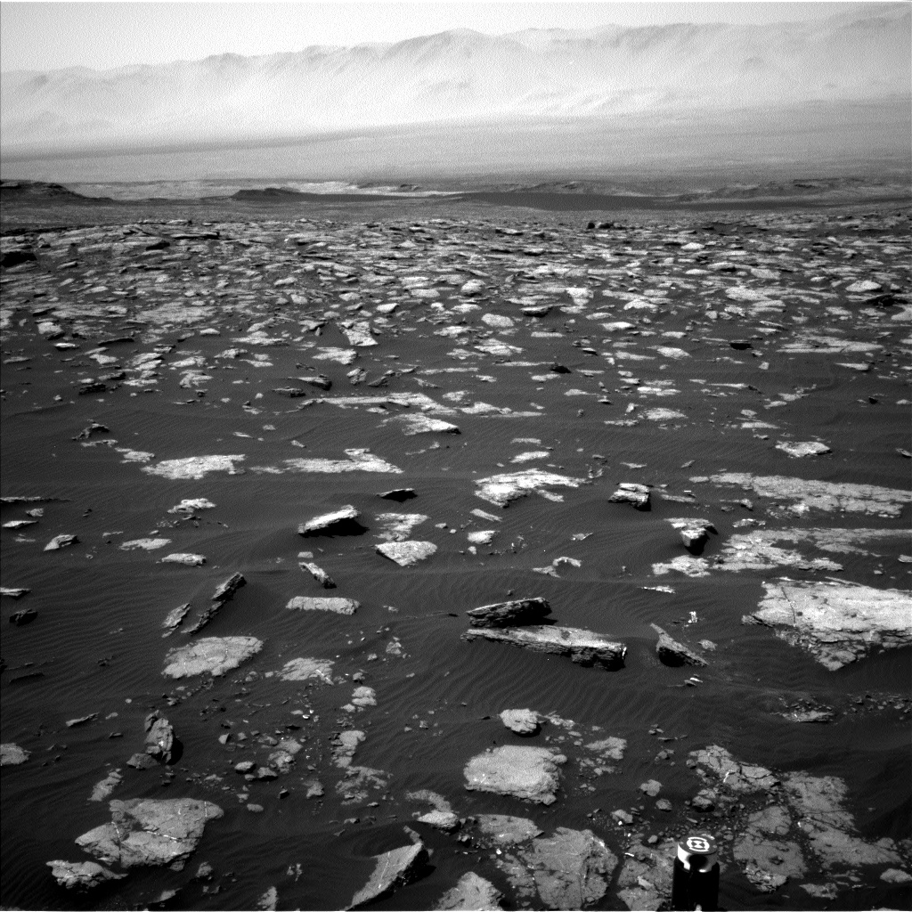 Nasa's Mars rover Curiosity acquired this image using its Left Navigation Camera on Sol 1575, at drive 180, site number 60