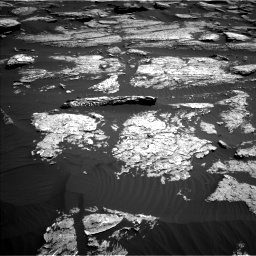 Nasa's Mars rover Curiosity acquired this image using its Left Navigation Camera on Sol 1577, at drive 612, site number 60