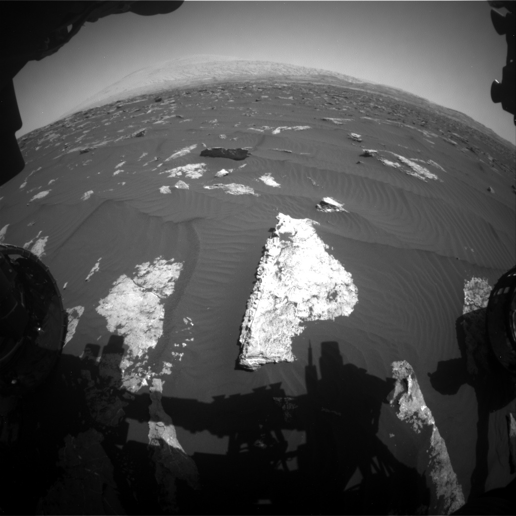 Nasa's Mars rover Curiosity acquired this image using its Front Hazard Avoidance Camera (Front Hazcam) on Sol 1578, at drive 888, site number 60