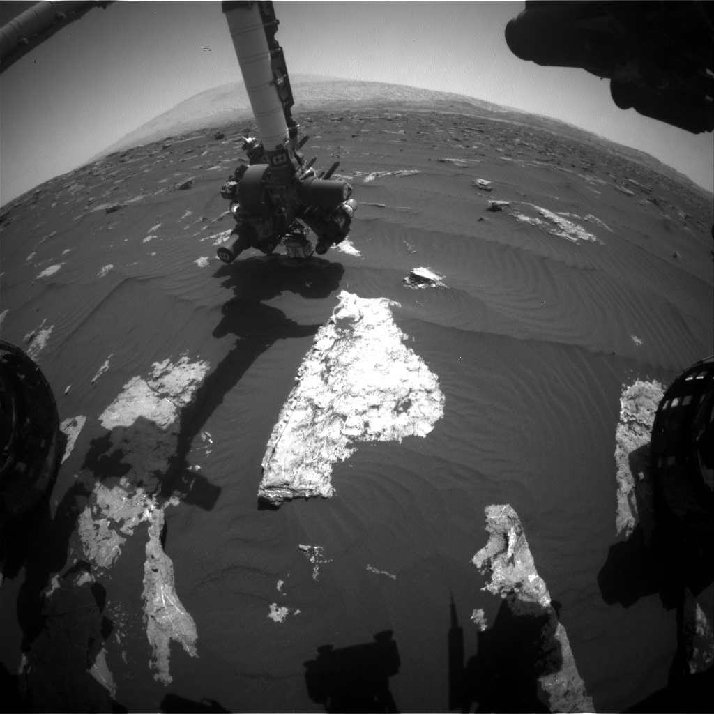 Nasa's Mars rover Curiosity acquired this image using its Front Hazard Avoidance Camera (Front Hazcam) on Sol 1582, at drive 888, site number 60