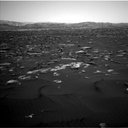 Nasa's Mars rover Curiosity acquired this image using its Left Navigation Camera on Sol 1582, at drive 900, site number 60