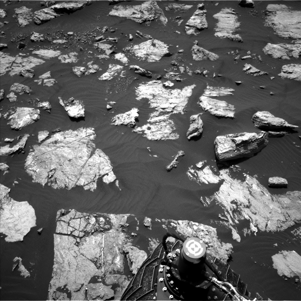 Nasa's Mars rover Curiosity acquired this image using its Left Navigation Camera on Sol 1582, at drive 1266, site number 60