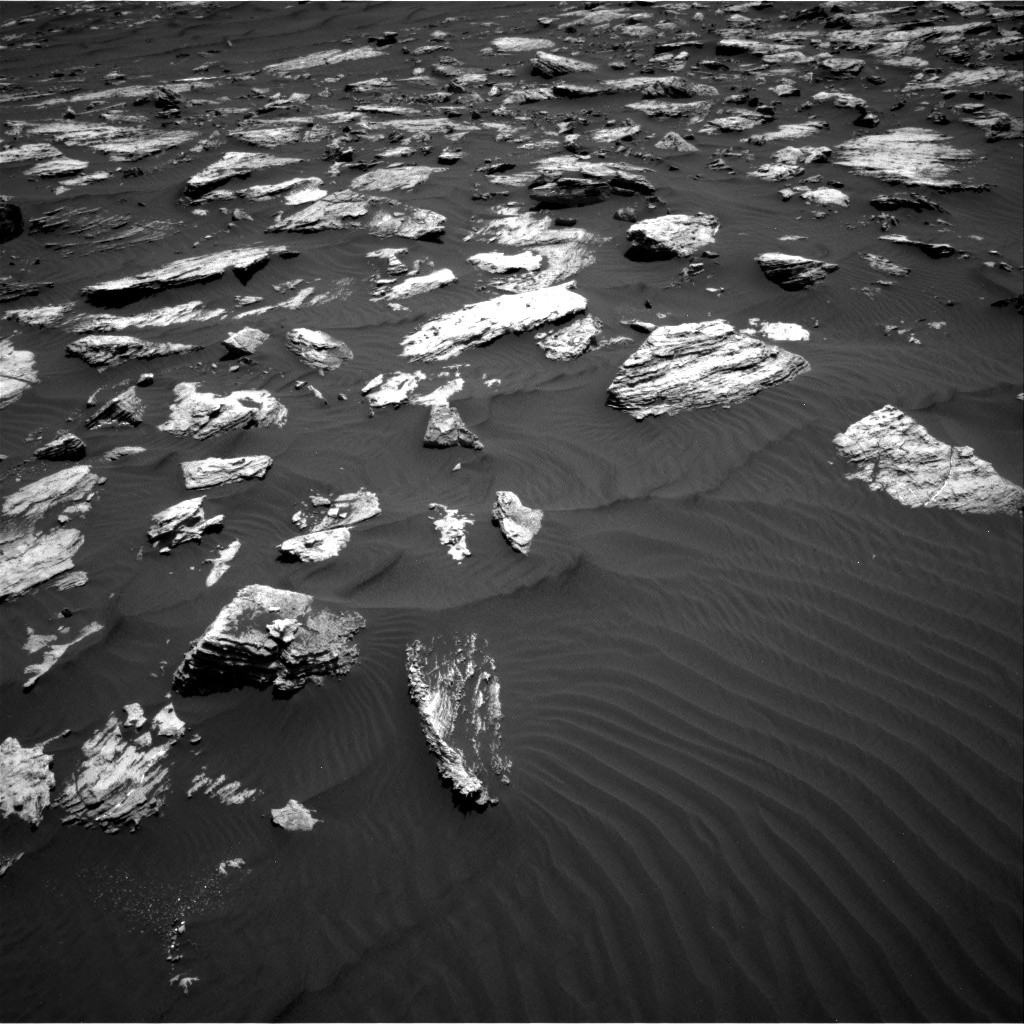 Nasa's Mars rover Curiosity acquired this image using its Right Navigation Camera on Sol 1582, at drive 1200, site number 60
