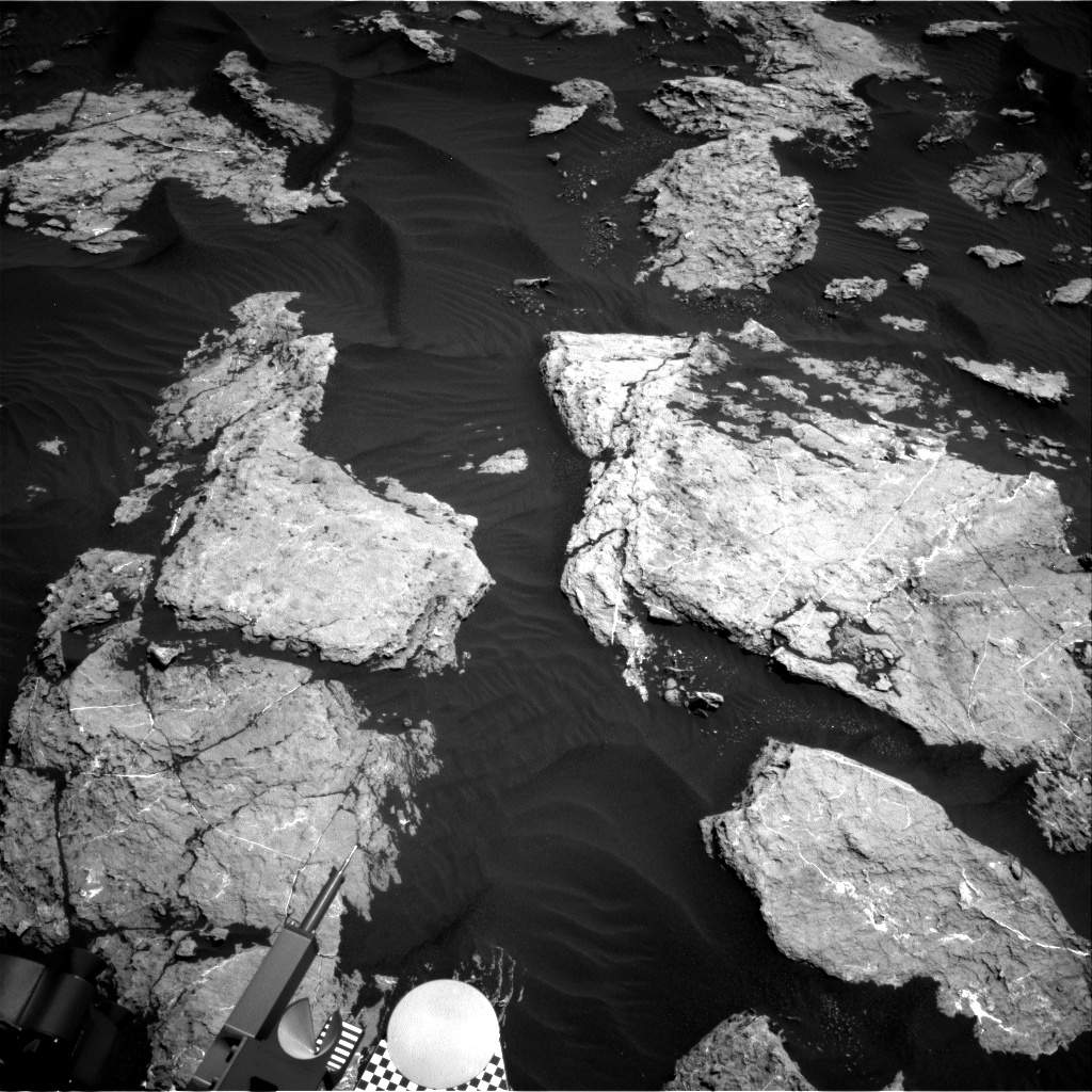 Nasa's Mars rover Curiosity acquired this image using its Right Navigation Camera on Sol 1583, at drive 1422, site number 60