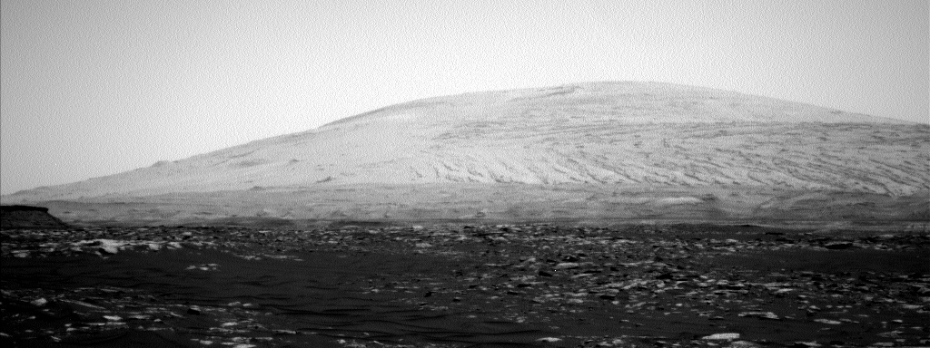 Nasa's Mars rover Curiosity acquired this image using its Left Navigation Camera on Sol 1584, at drive 1422, site number 60