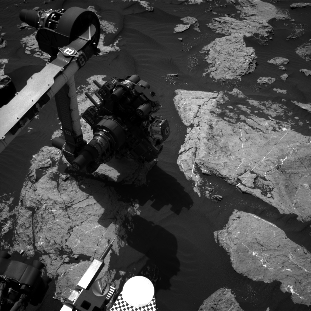 Nasa's Mars rover Curiosity acquired this image using its Right Navigation Camera on Sol 1584, at drive 1422, site number 60
