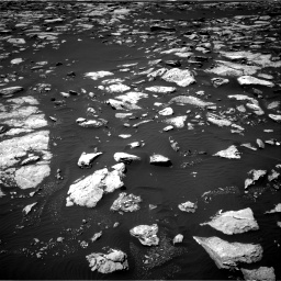 Nasa's Mars rover Curiosity acquired this image using its Right Navigation Camera on Sol 1585, at drive 1704, site number 60