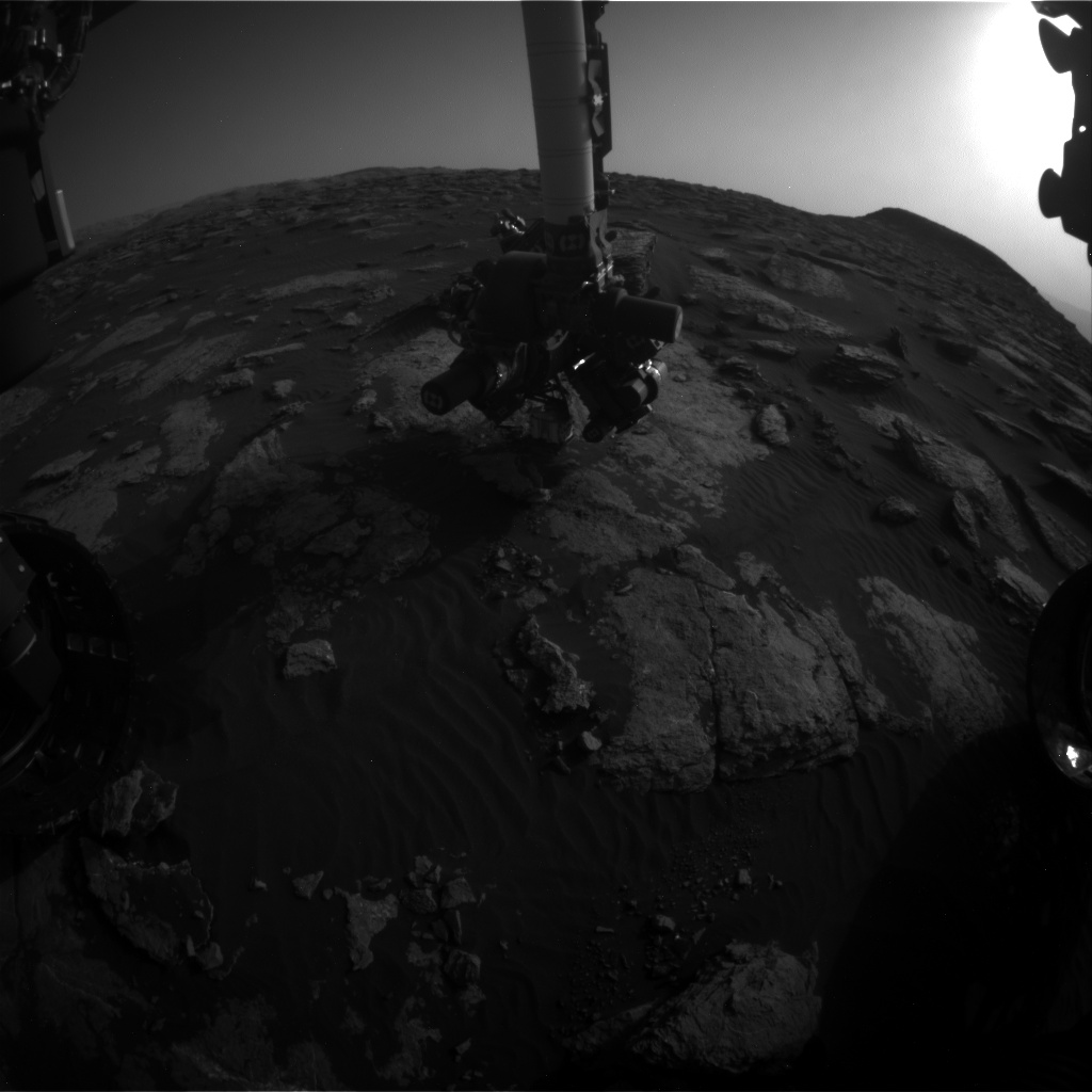 Nasa's Mars rover Curiosity acquired this image using its Front Hazard Avoidance Camera (Front Hazcam) on Sol 1586, at drive 1752, site number 60