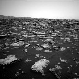 Nasa's Mars rover Curiosity acquired this image using its Left Navigation Camera on Sol 1587, at drive 1824, site number 60