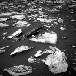 Nasa's Mars rover Curiosity acquired this image using its Right Navigation Camera on Sol 1587, at drive 1758, site number 60