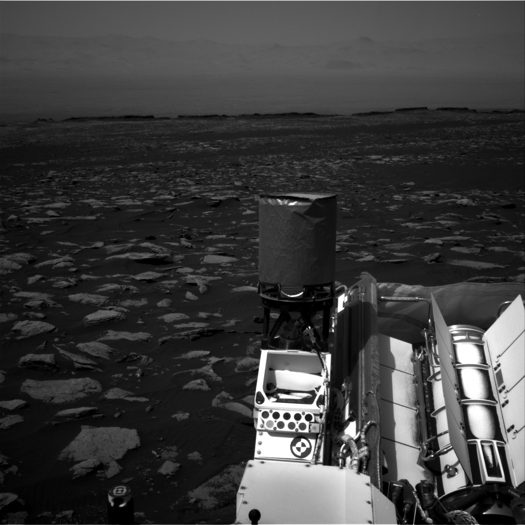 Nasa's Mars rover Curiosity acquired this image using its Right Navigation Camera on Sol 1587, at drive 2010, site number 60