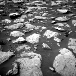 Nasa's Mars rover Curiosity acquired this image using its Left Navigation Camera on Sol 1589, at drive 2094, site number 60