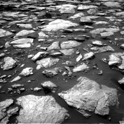 Nasa's Mars rover Curiosity acquired this image using its Left Navigation Camera on Sol 1589, at drive 2142, site number 60