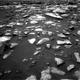 Nasa's Mars rover Curiosity acquired this image using its Left Navigation Camera on Sol 1589, at drive 2196, site number 60