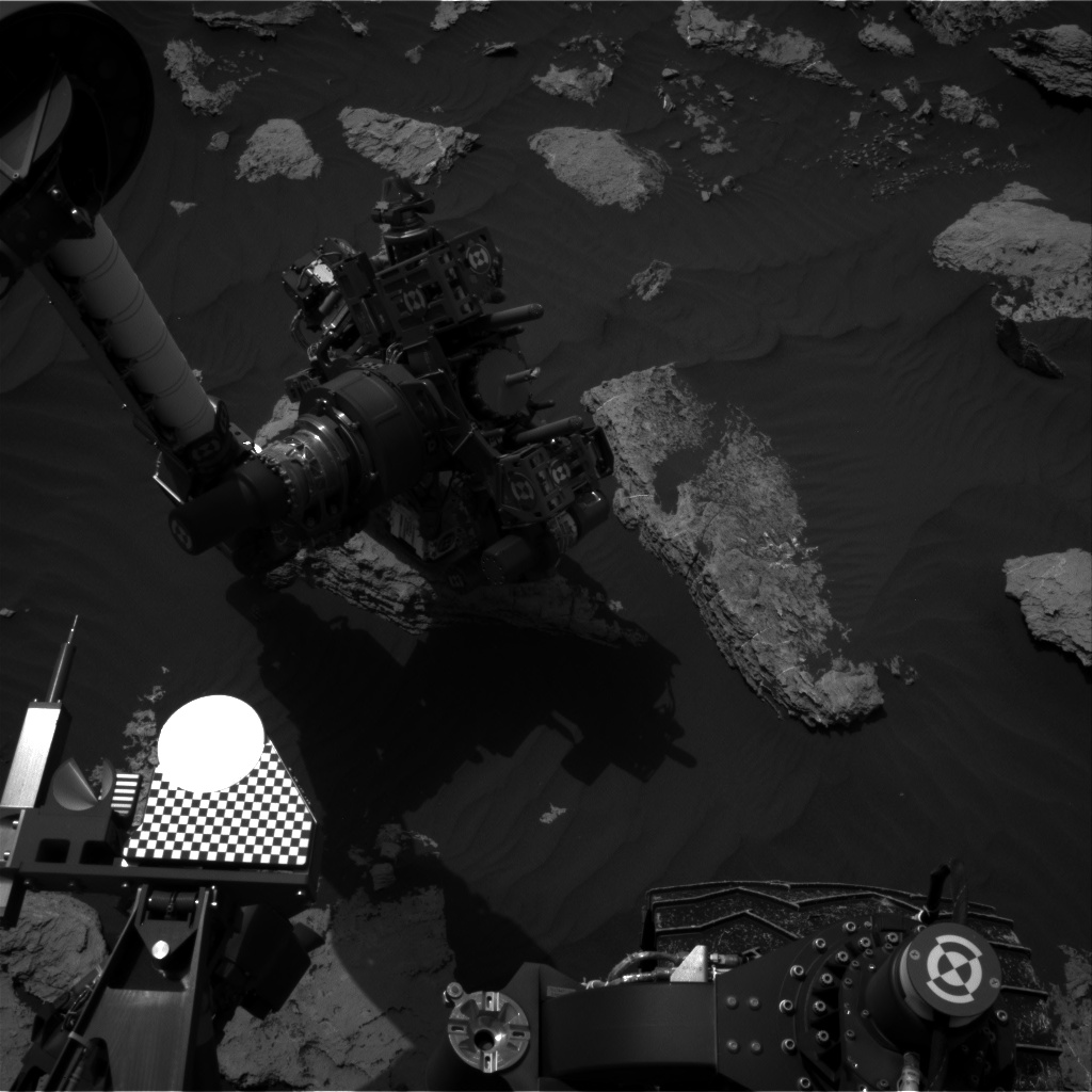 Nasa's Mars rover Curiosity acquired this image using its Right Navigation Camera on Sol 1589, at drive 2010, site number 60