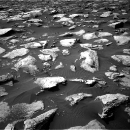 Nasa's Mars rover Curiosity acquired this image using its Right Navigation Camera on Sol 1589, at drive 2070, site number 60