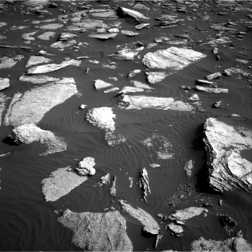 Nasa's Mars rover Curiosity acquired this image using its Right Navigation Camera on Sol 1589, at drive 2214, site number 60