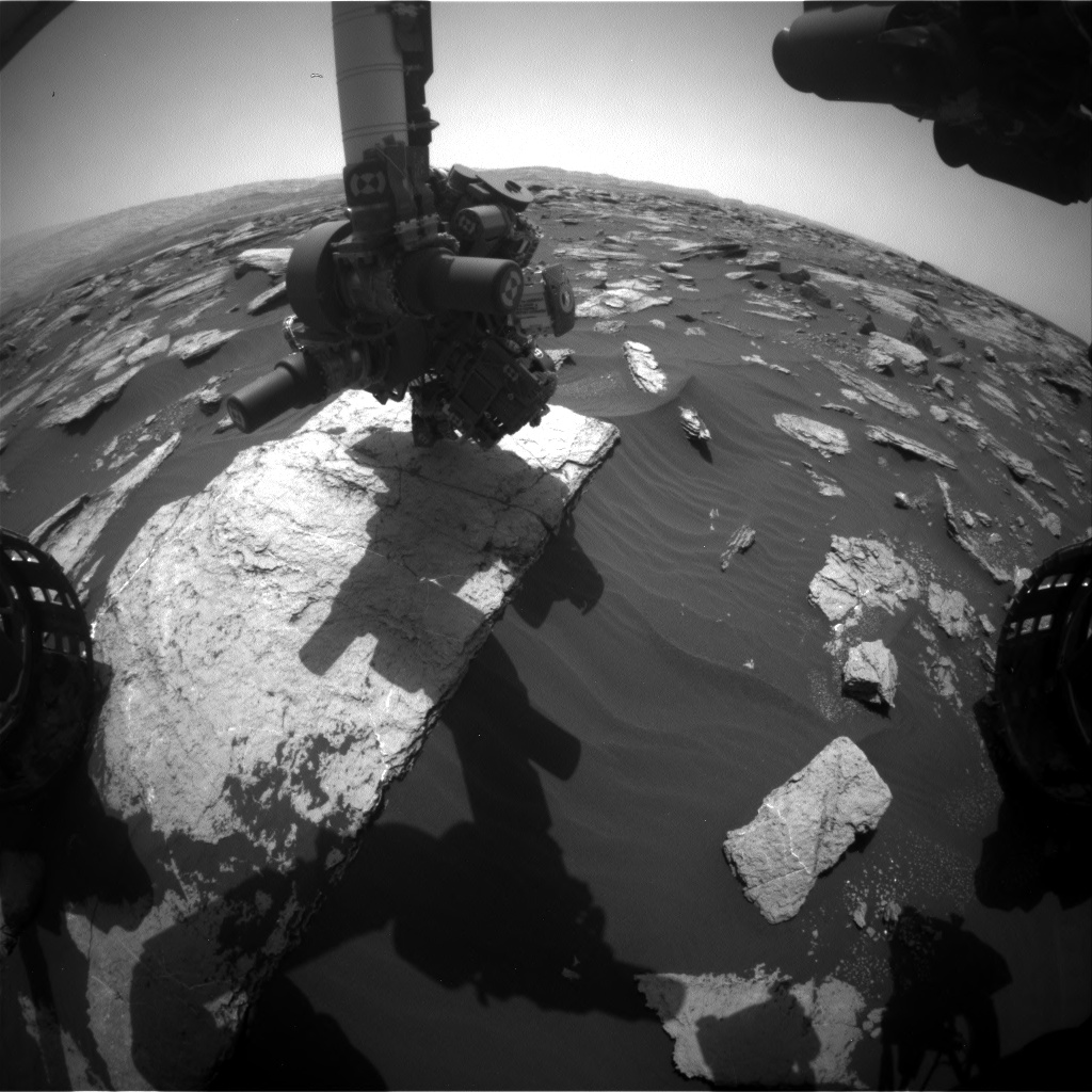 Nasa's Mars rover Curiosity acquired this image using its Front Hazard Avoidance Camera (Front Hazcam) on Sol 1591, at drive 2256, site number 60