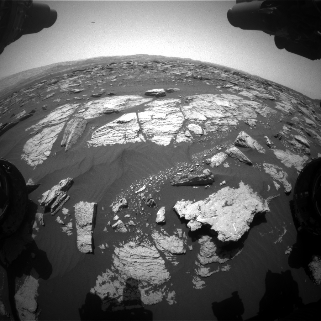 Nasa's Mars rover Curiosity acquired this image using its Front Hazard Avoidance Camera (Front Hazcam) on Sol 1592, at drive 2346, site number 60