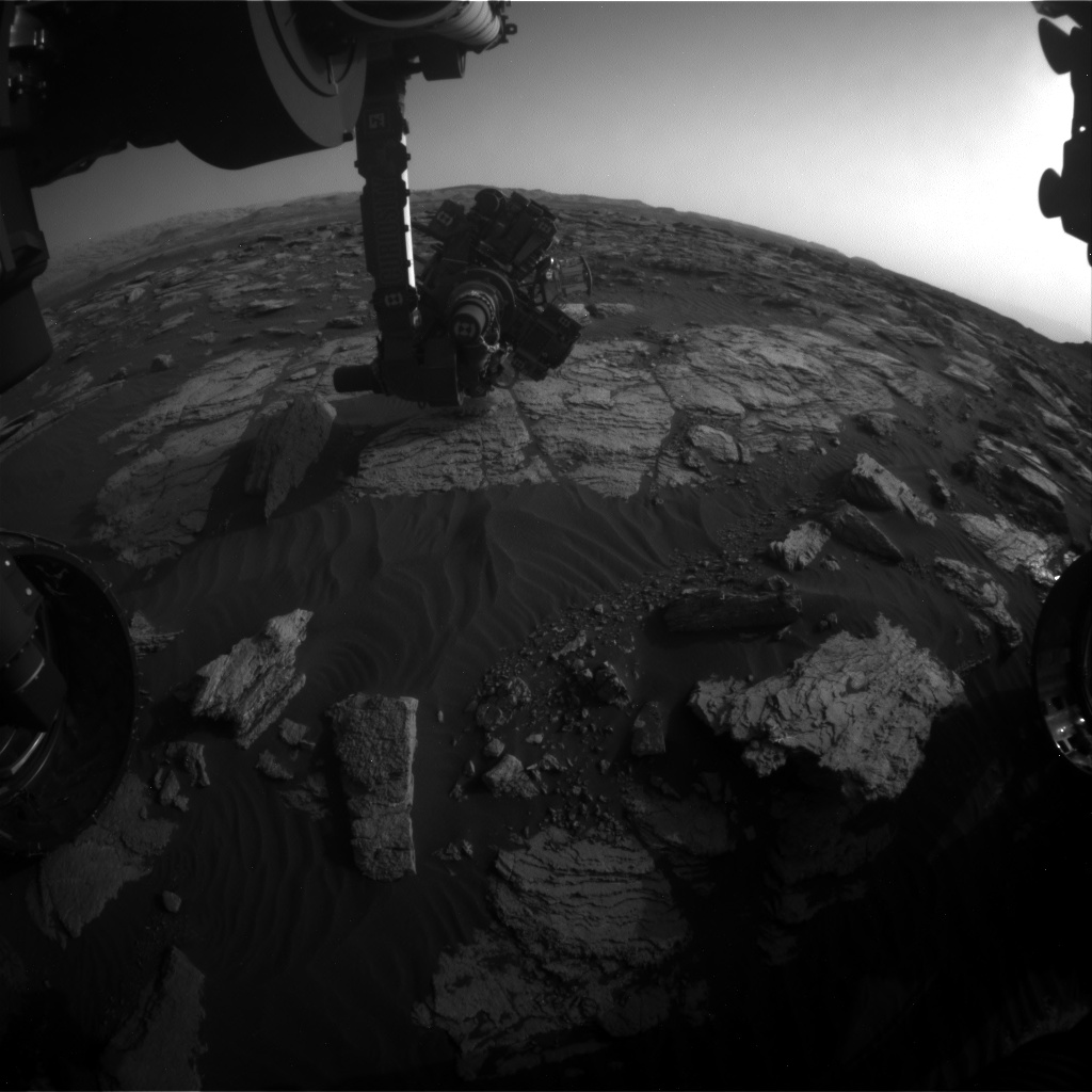 Nasa's Mars rover Curiosity acquired this image using its Front Hazard Avoidance Camera (Front Hazcam) on Sol 1593, at drive 2346, site number 60