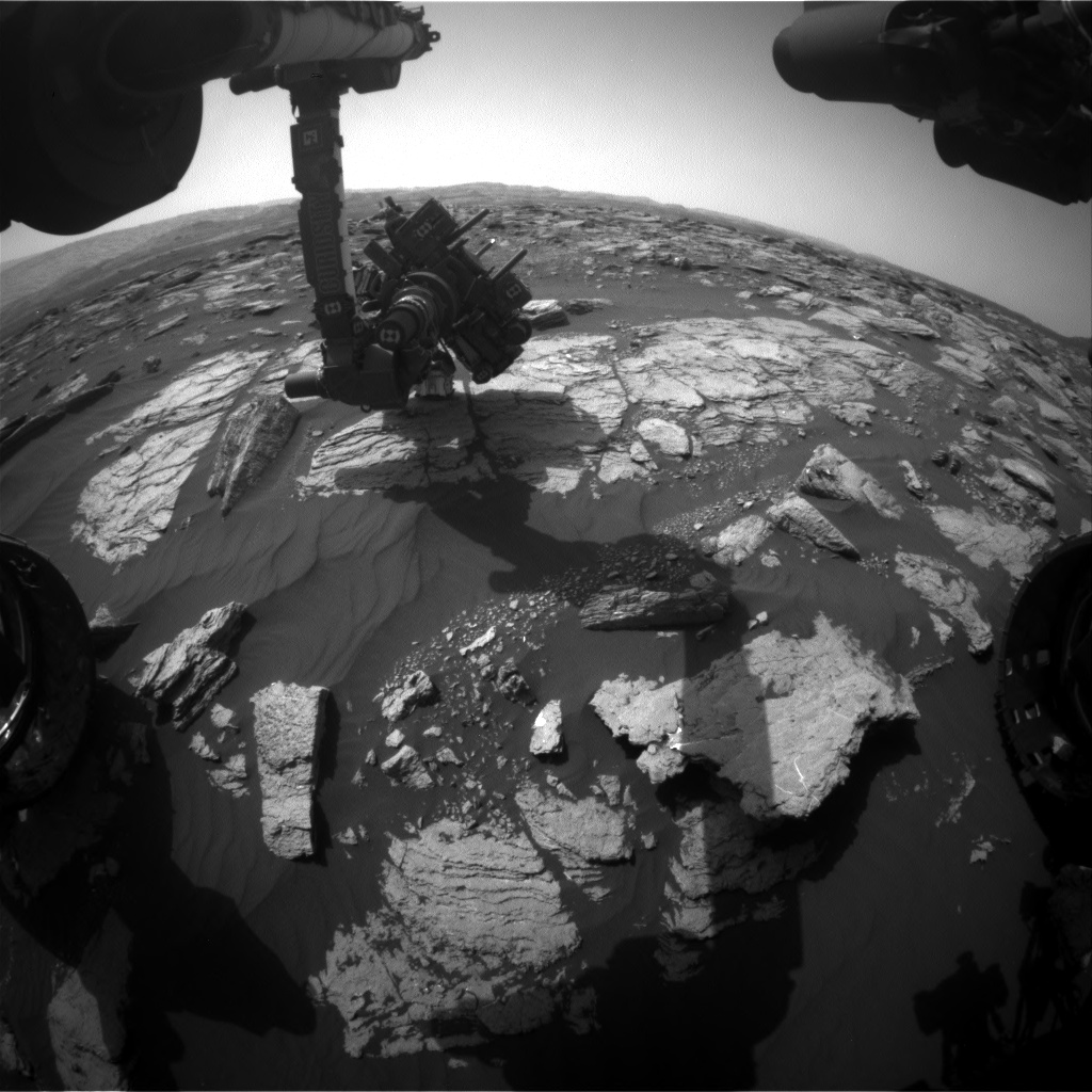 Nasa's Mars rover Curiosity acquired this image using its Front Hazard Avoidance Camera (Front Hazcam) on Sol 1594, at drive 2346, site number 60