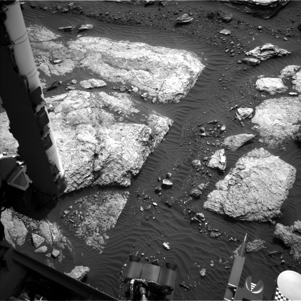 Nasa's Mars rover Curiosity acquired this image using its Left Navigation Camera on Sol 1596, at drive 2730, site number 60