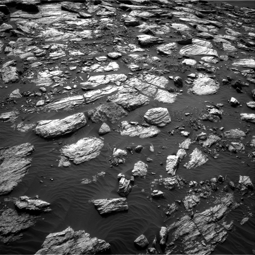 Nasa's Mars rover Curiosity acquired this image using its Right Navigation Camera on Sol 1598, at drive 2892, site number 60