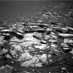 Nasa's Mars rover Curiosity acquired this image using its Right Navigation Camera on Sol 1598, at drive 2916, site number 60