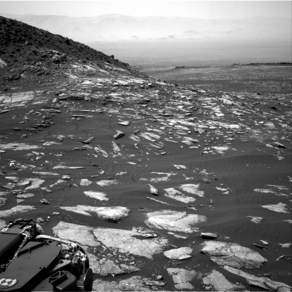 Nasa's Mars rover Curiosity acquired this image using its Right Navigation Camera on Sol 1604, at drive 0, site number 61
