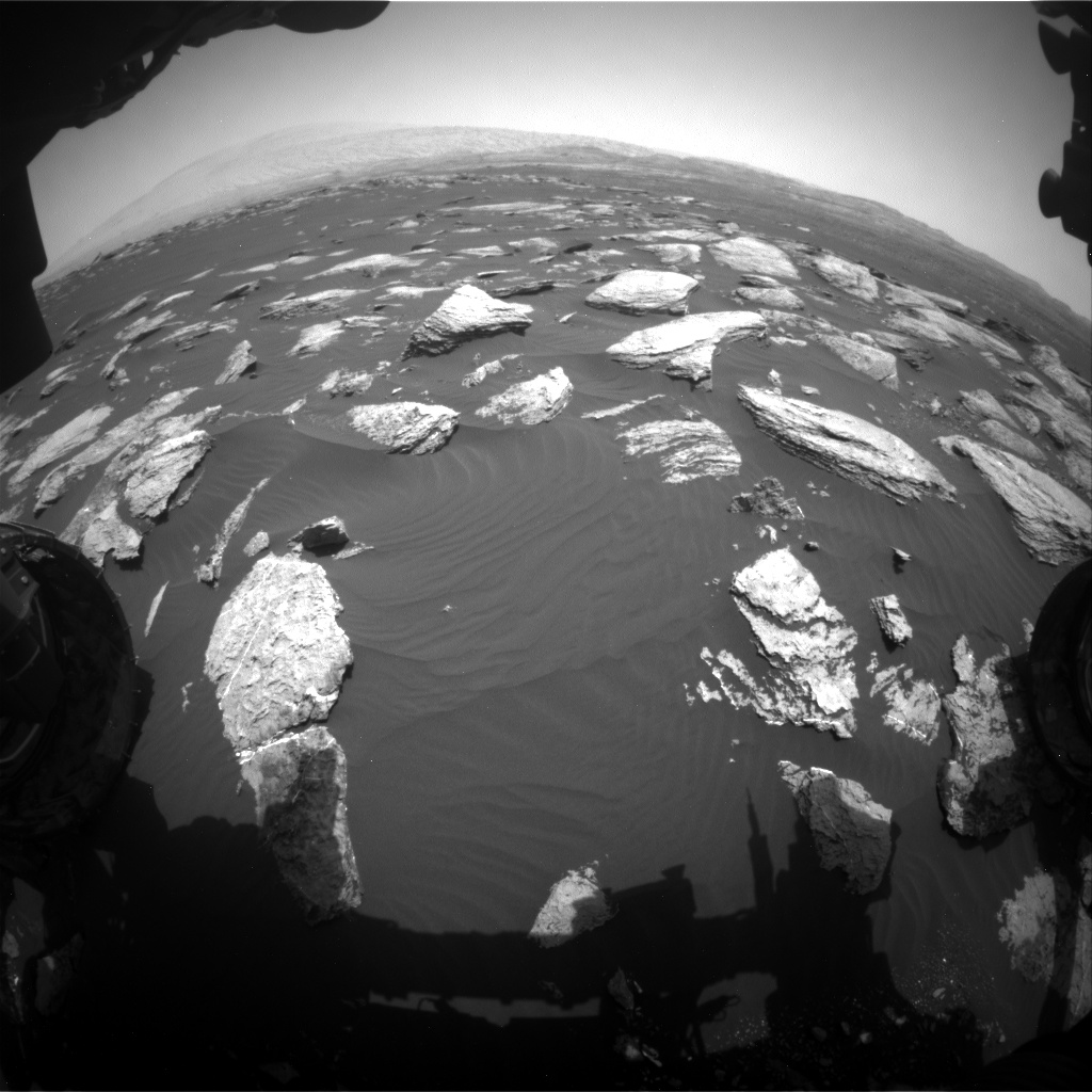 Nasa's Mars rover Curiosity acquired this image using its Front Hazard Avoidance Camera (Front Hazcam) on Sol 1611, at drive 648, site number 61