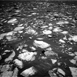 Nasa's Mars rover Curiosity acquired this image using its Left Navigation Camera on Sol 1611, at drive 474, site number 61