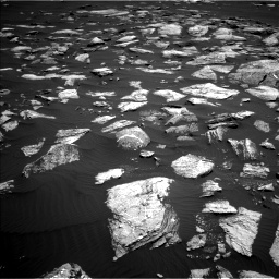 Nasa's Mars rover Curiosity acquired this image using its Left Navigation Camera on Sol 1611, at drive 588, site number 61