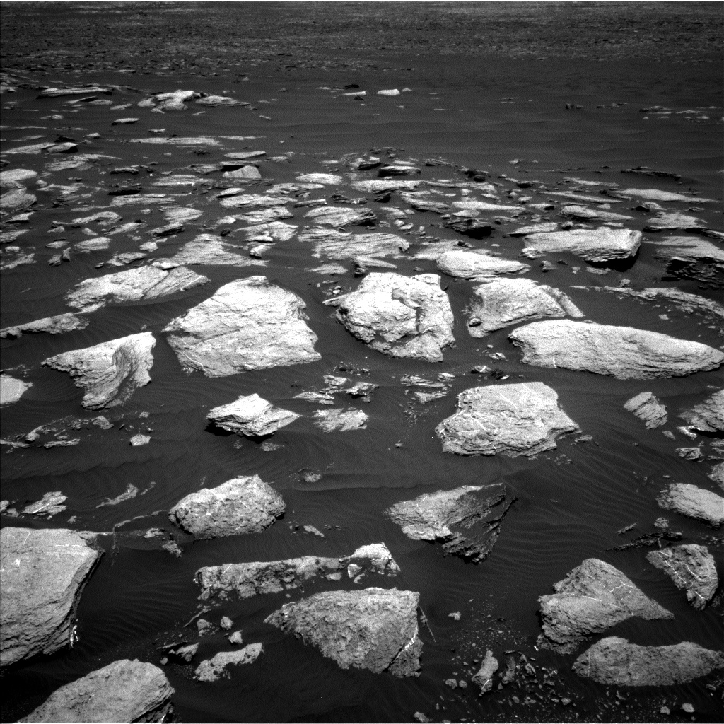 Nasa's Mars rover Curiosity acquired this image using its Left Navigation Camera on Sol 1611, at drive 648, site number 61