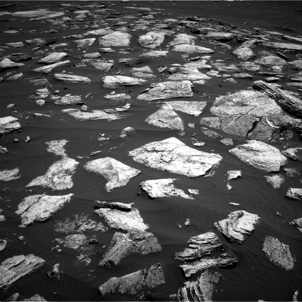 Nasa's Mars rover Curiosity acquired this image using its Right Navigation Camera on Sol 1611, at drive 606, site number 61