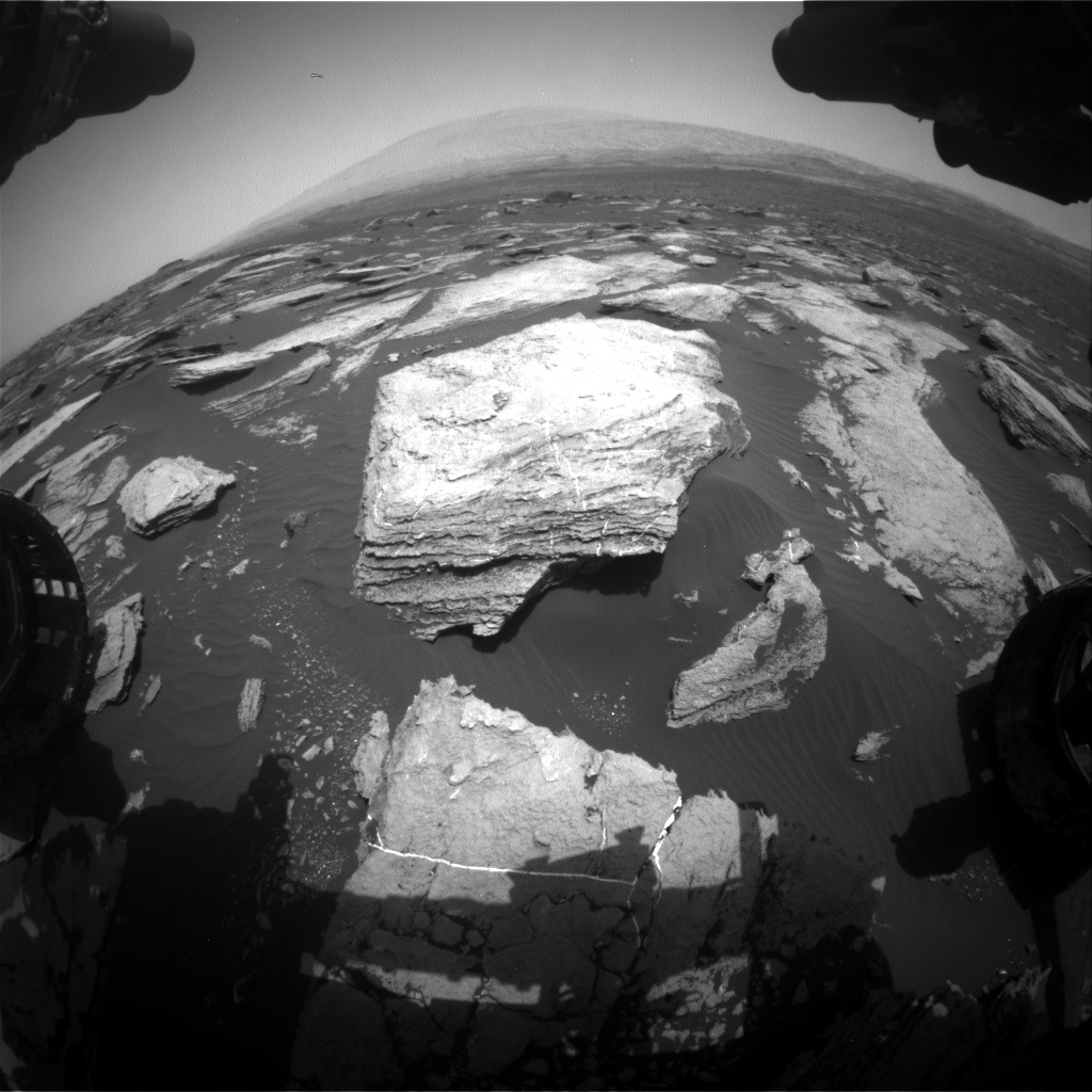 Nasa's Mars rover Curiosity acquired this image using its Front Hazard Avoidance Camera (Front Hazcam) on Sol 1612, at drive 924, site number 61