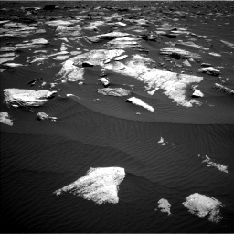 Nasa's Mars rover Curiosity acquired this image using its Left Navigation Camera on Sol 1612, at drive 828, site number 61
