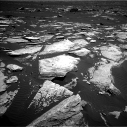 Nasa's Mars rover Curiosity acquired this image using its Left Navigation Camera on Sol 1612, at drive 906, site number 61
