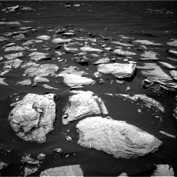 Nasa's Mars rover Curiosity acquired this image using its Right Navigation Camera on Sol 1612, at drive 678, site number 61