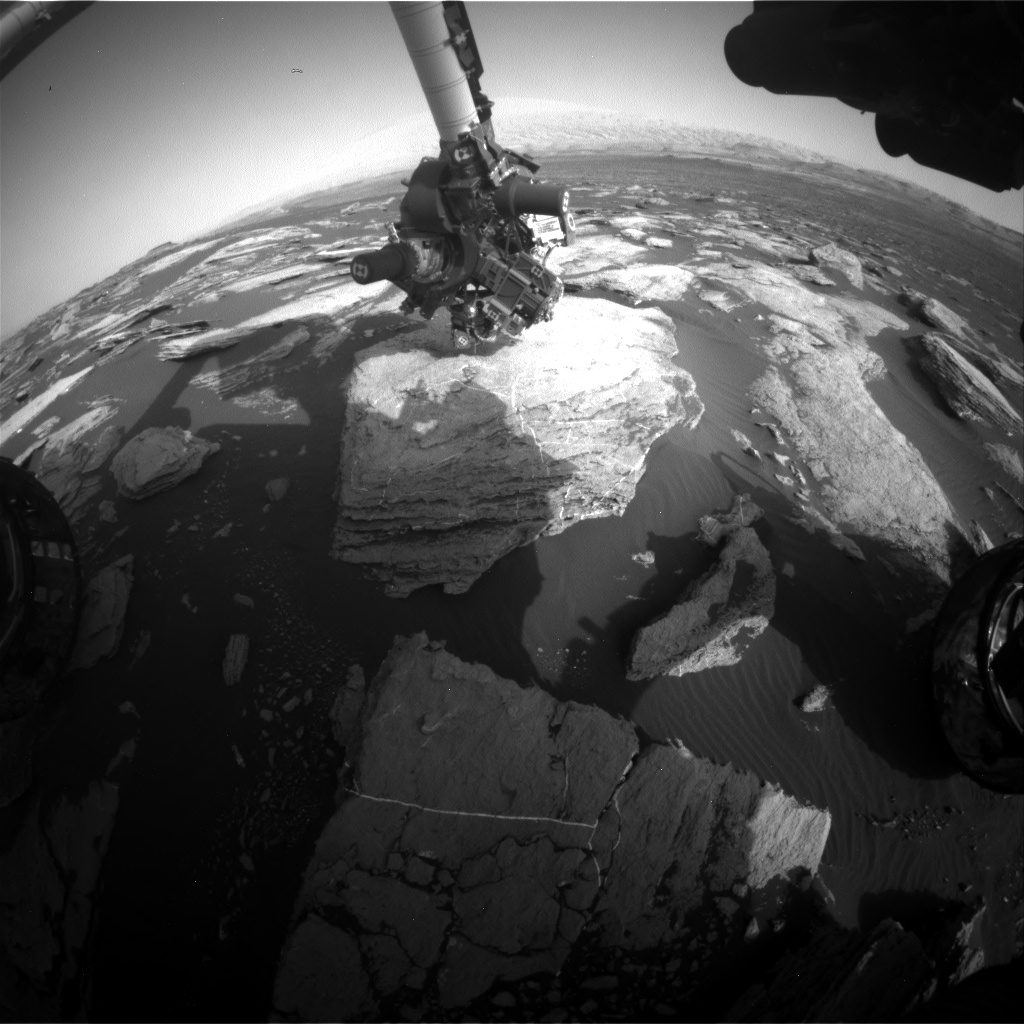 Nasa's Mars rover Curiosity acquired this image using its Front Hazard Avoidance Camera (Front Hazcam) on Sol 1614, at drive 924, site number 61