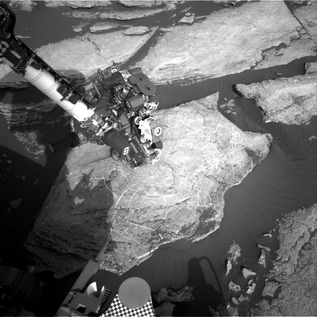 Nasa's Mars rover Curiosity acquired this image using its Right Navigation Camera on Sol 1614, at drive 924, site number 61