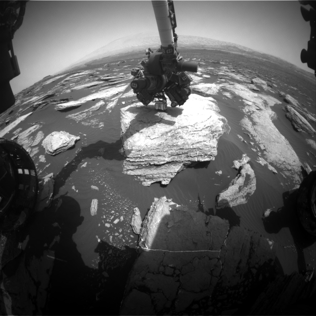 Nasa's Mars rover Curiosity acquired this image using its Front Hazard Avoidance Camera (Front Hazcam) on Sol 1615, at drive 924, site number 61