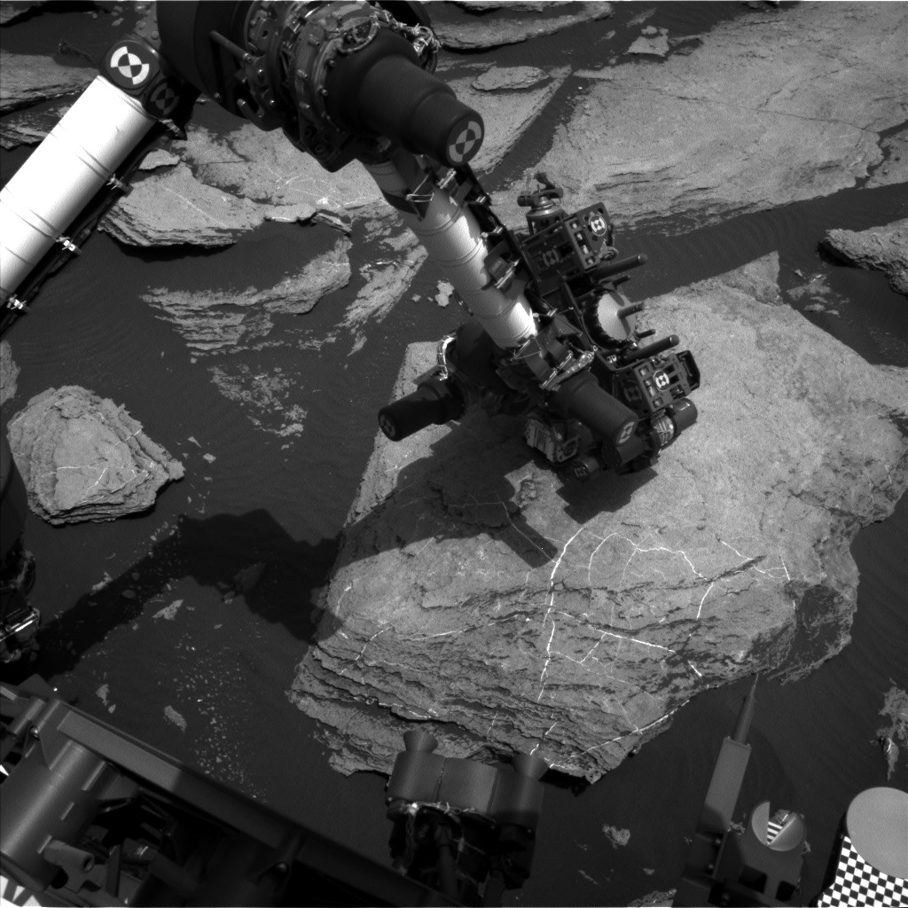 Nasa's Mars rover Curiosity acquired this image using its Left Navigation Camera on Sol 1615, at drive 924, site number 61
