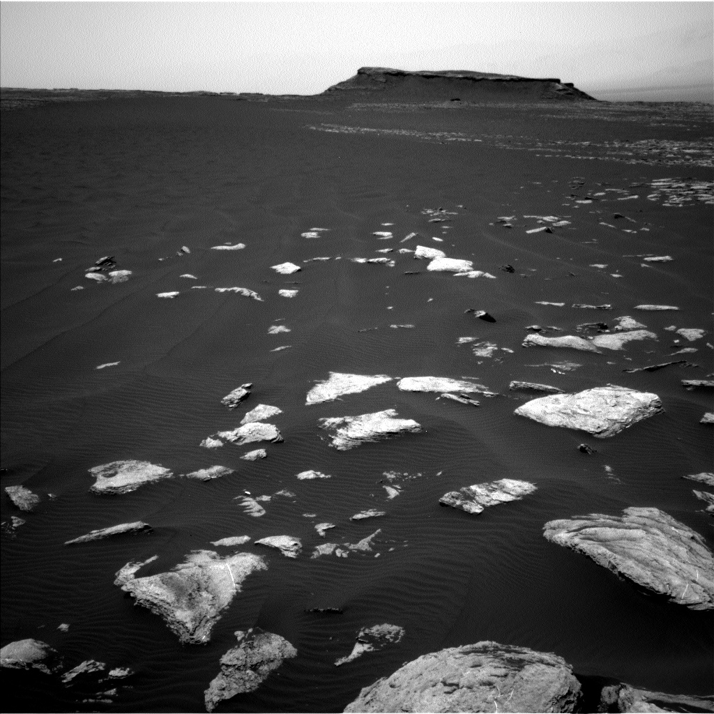 Nasa's Mars rover Curiosity acquired this image using its Left Navigation Camera on Sol 1616, at drive 934, site number 61