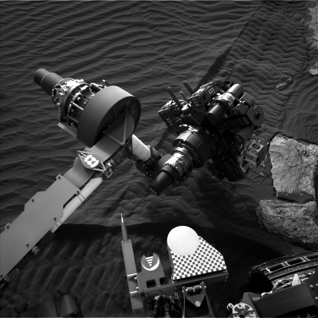 Nasa's Mars rover Curiosity acquired this image using its Left Navigation Camera on Sol 1618, at drive 1140, site number 61