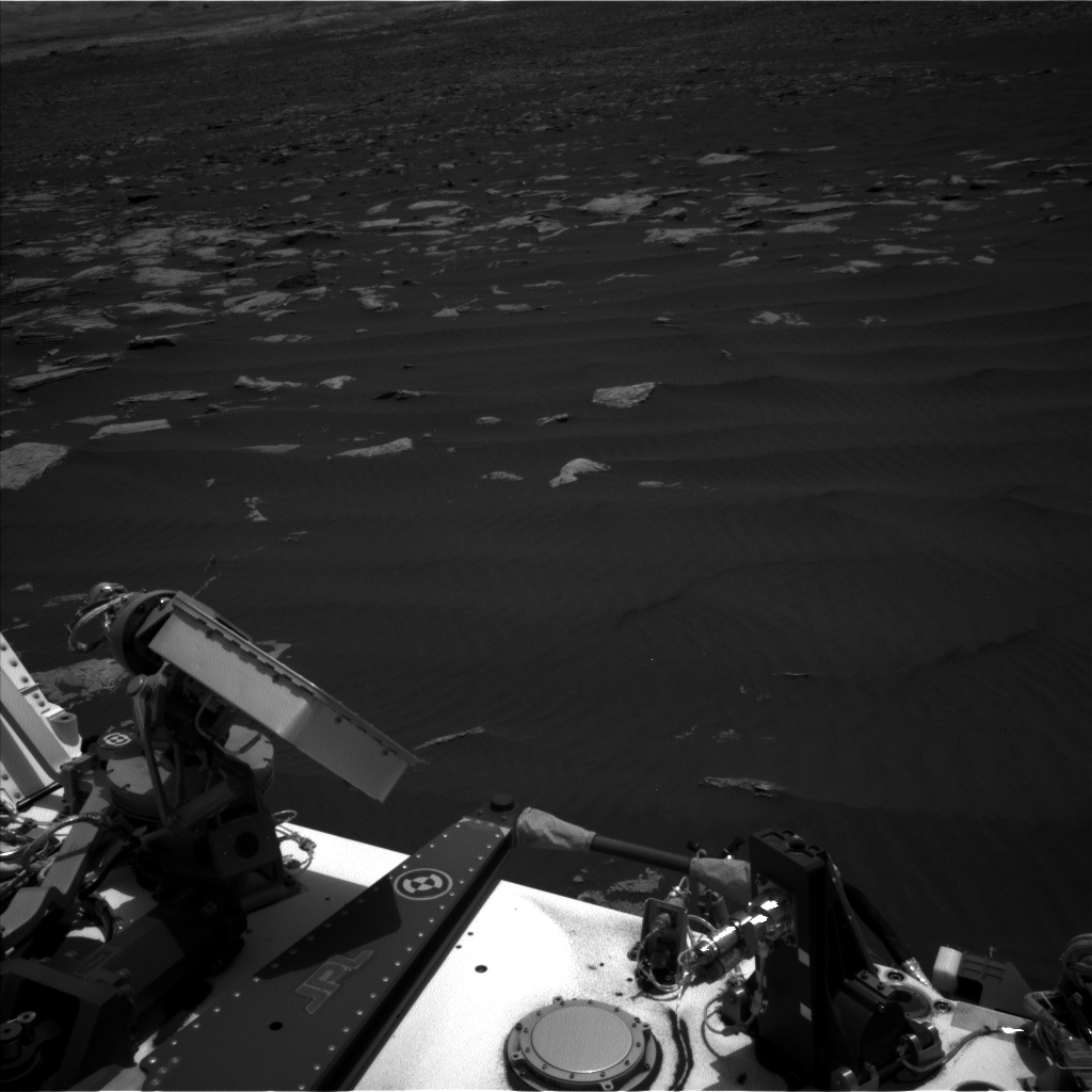 Nasa's Mars rover Curiosity acquired this image using its Left Navigation Camera on Sol 1619, at drive 1140, site number 61