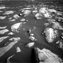 Nasa's Mars rover Curiosity acquired this image using its Right Navigation Camera on Sol 1628, at drive 1260, site number 61